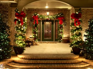 Outdoor-Christmas-Decorating-Front-Porch-Ideas-Entrance
